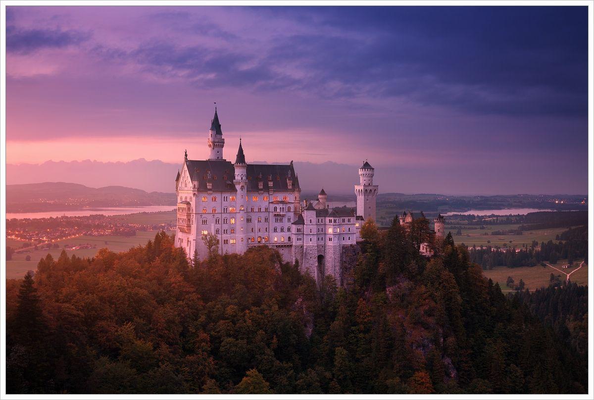 Zámek Neuschwanstein pozápadu slunce - fotografický workshop Malebné podzimní Bavorsko