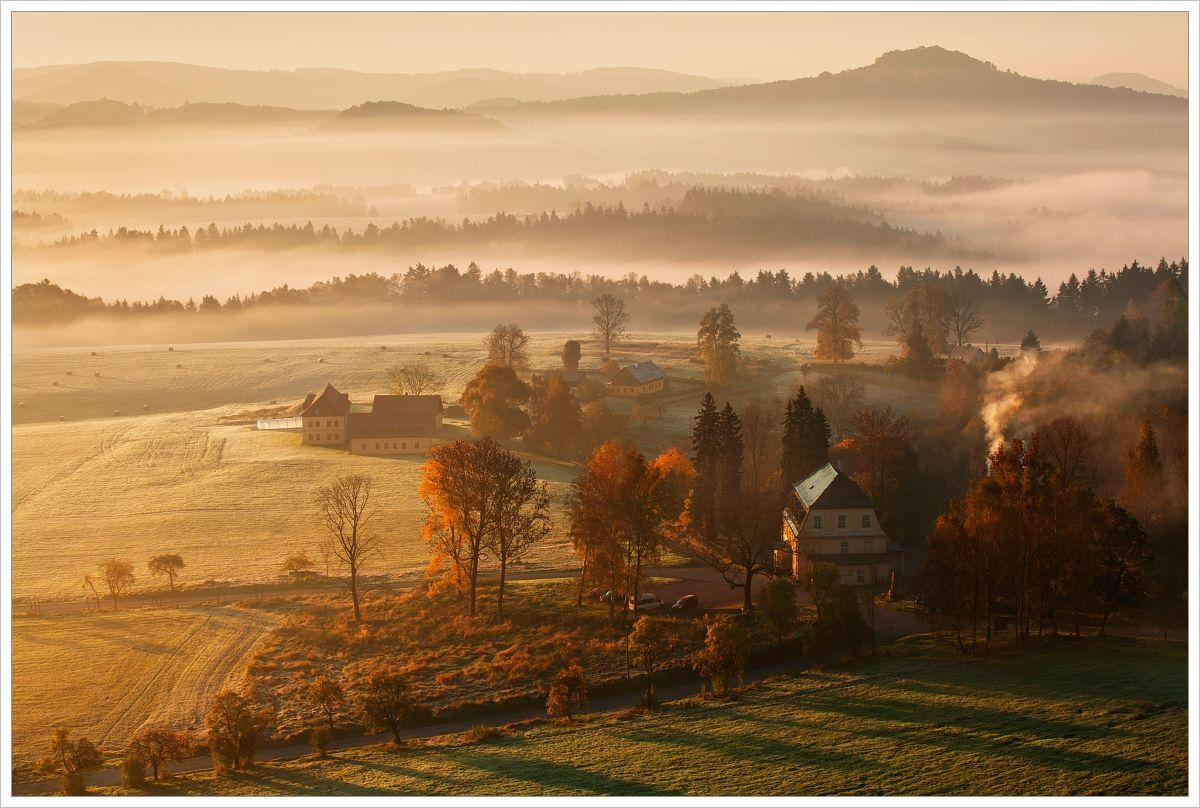 Podzimní ráno u Vysoké Lípy - fotografický workshop Podzimní Českosaské Švýcarsko