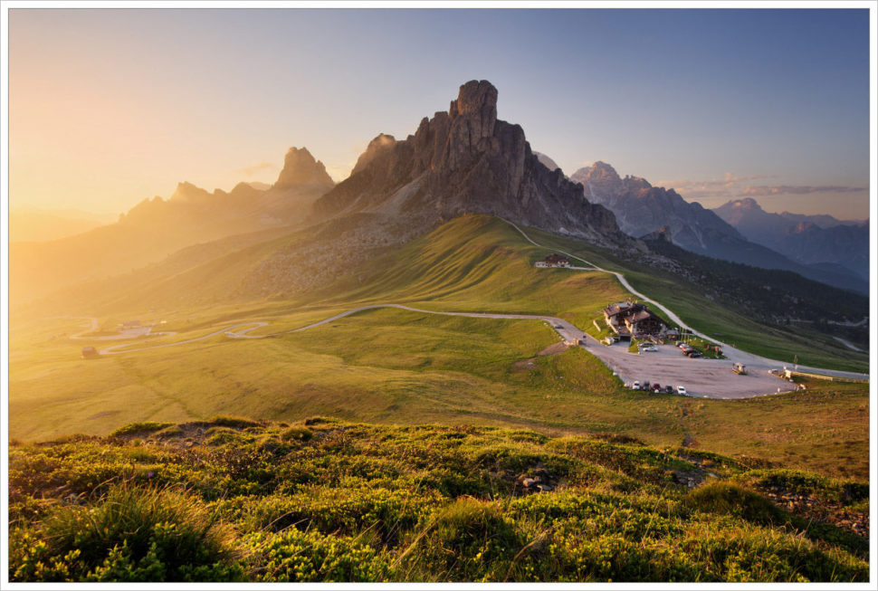Letní podvečer vPasso Giau - fotografický workshop Rozkvetlé letní Dolomity