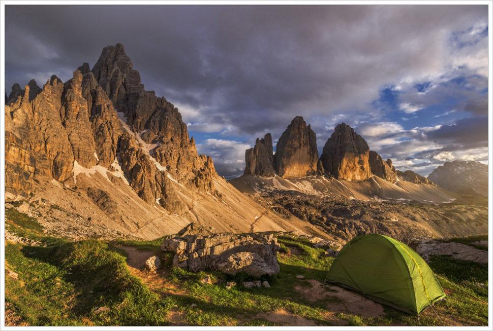 Podvečerní pohled na Monte Paterno a symbol Dolomit - fotografický workshop Rozkvetlé letní Dolomity