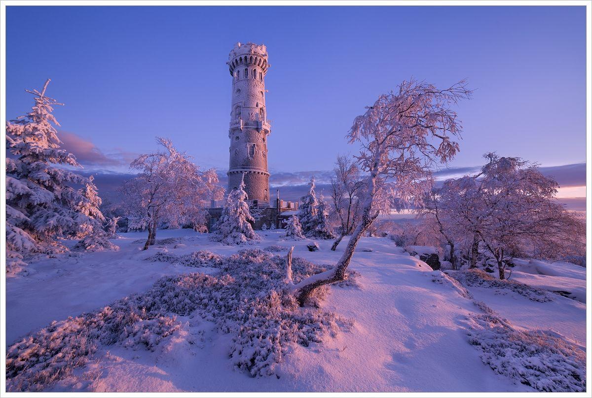 Rozhledna Děčínský Sněžník pri mrazivém východu slunce - fotografický workshop Labské pískovce aKrušné hory
