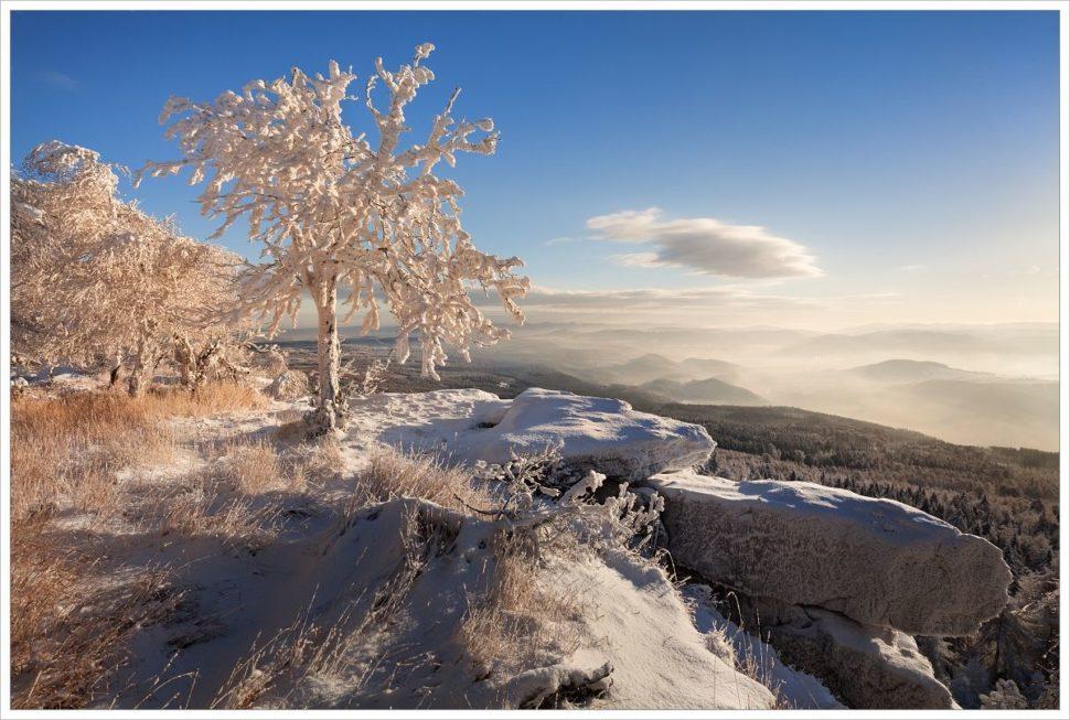 Zimní pohled se skal Děčínského Sněžníku - fotografický workshop Labské pískovce aKrušné hory