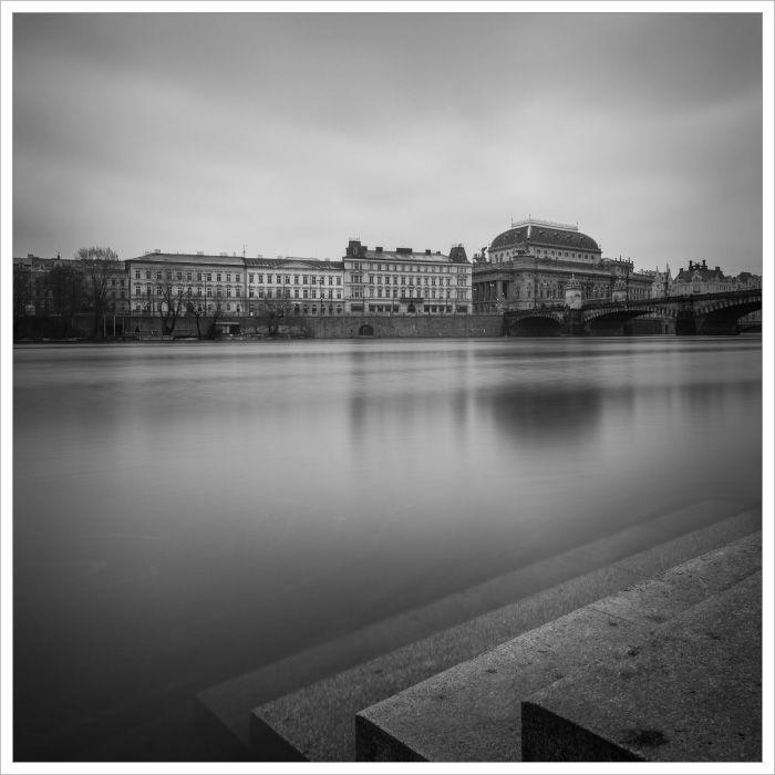 Národní divadlo od Střeleckého ostrova - Fotografický workshop Magická zimní Praha