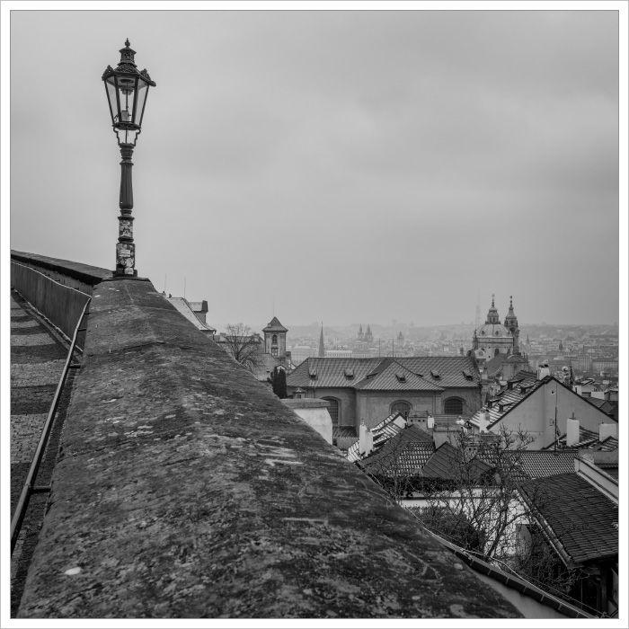 Malá strana od Pražského hradu - Fotografický workshop Magická zimní Praha